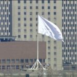 White Flags Mysteriously Replace American Flags on Brooklyn Bridge