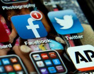 Teen_SocialMedia_2013