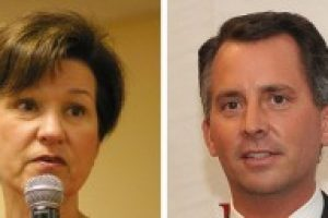 Alex Sink Lifts Democrats' Hopes while David Jolly Races as Republican not affraid of a battle