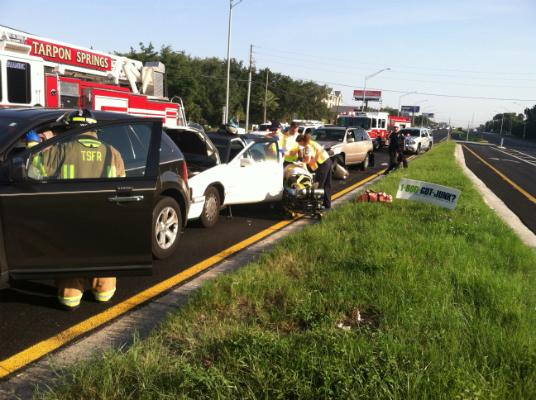 Tarpon Springs US 19 crash 2