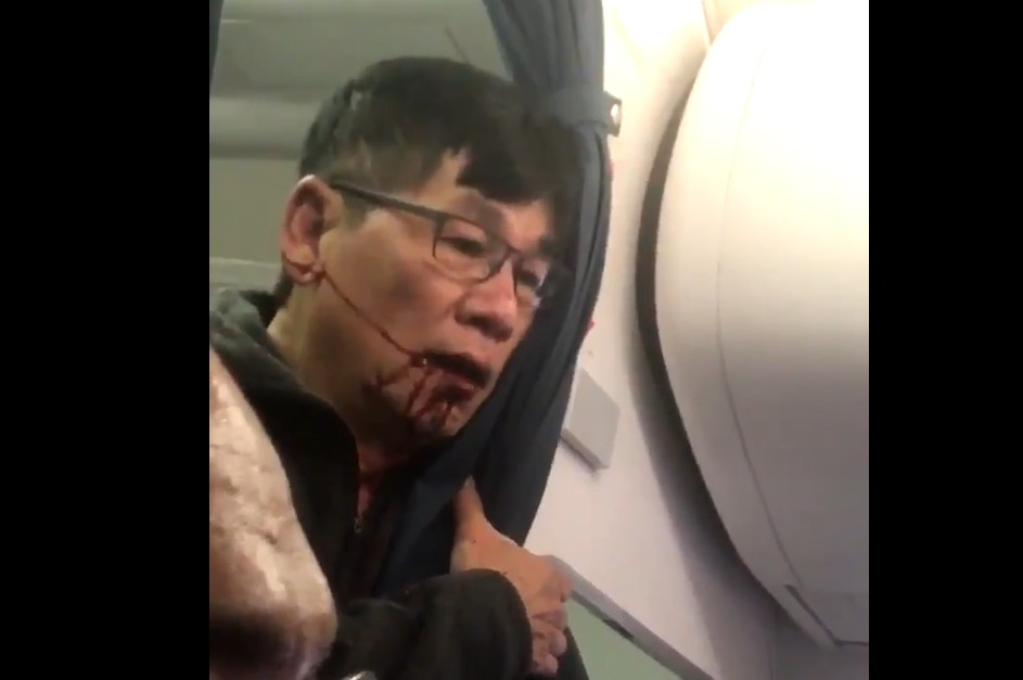 United Airlines finally issues a real apology for 'horrific' passenger removal