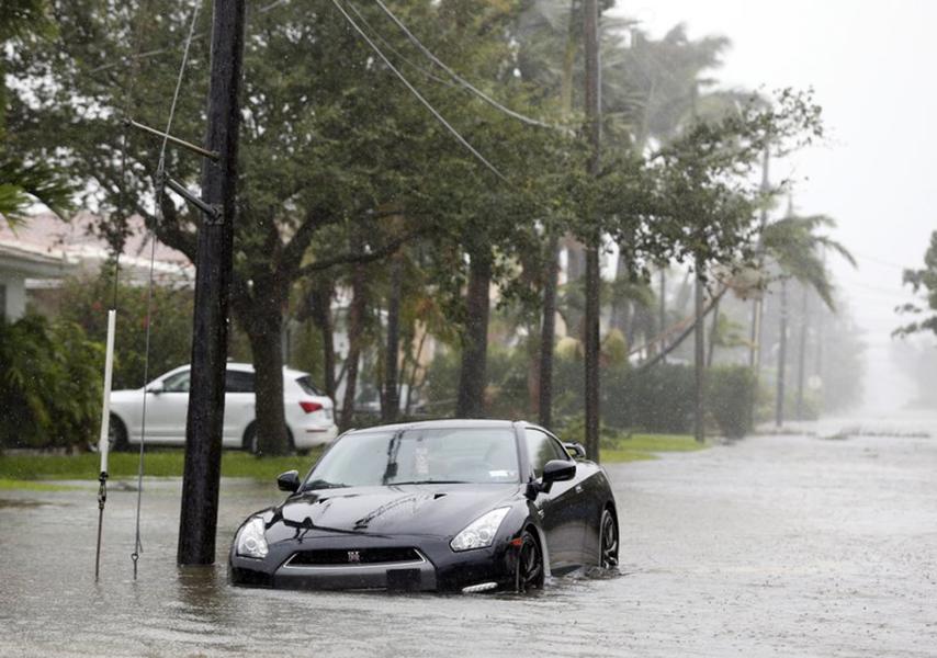 Traverse City Light & Power Sends Crew To Florida For Hurricane Irma