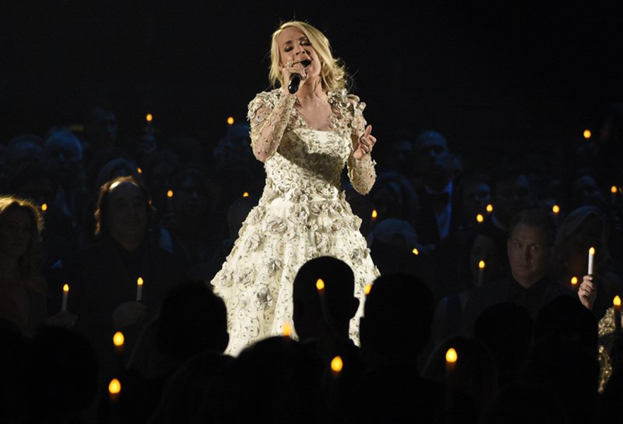 Top moments at cma awards vegas unity and the monologue for Carrie underwood softly and tenderly